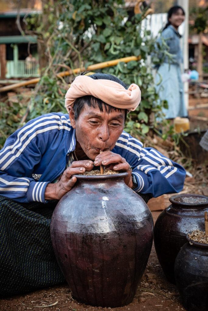 Długie szyje i duże uszy - z wizytą u plemion Kayan i Kayah 17